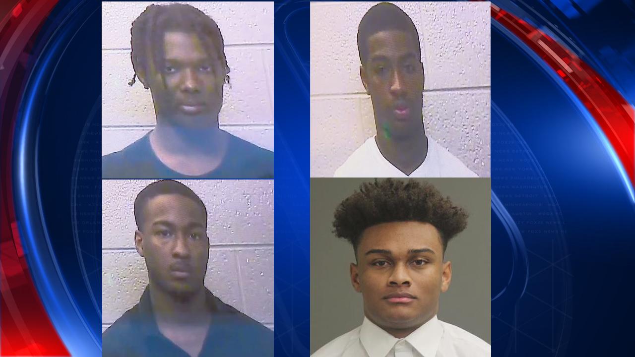 Photos De La Salle 4 warren de la salle hs students charged in football hazing